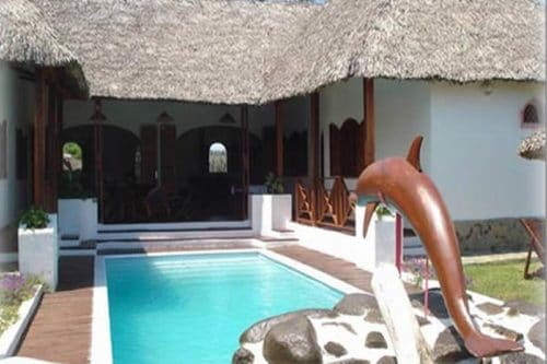 Villa rose à Nosy Be - Madagascar