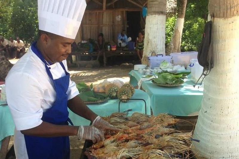 cuisinier Danae Beach nosy be