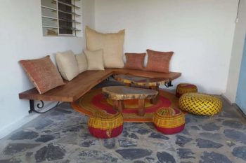 relaxation area of the villa Madirokely House in Nosy be