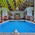 the pool Villa Mandresy nosy be