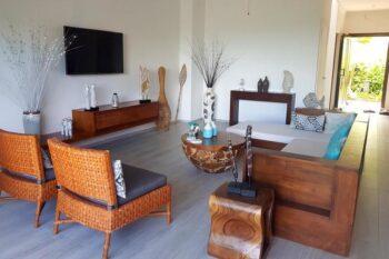 Living room apartment ambondrona duplex nosy be