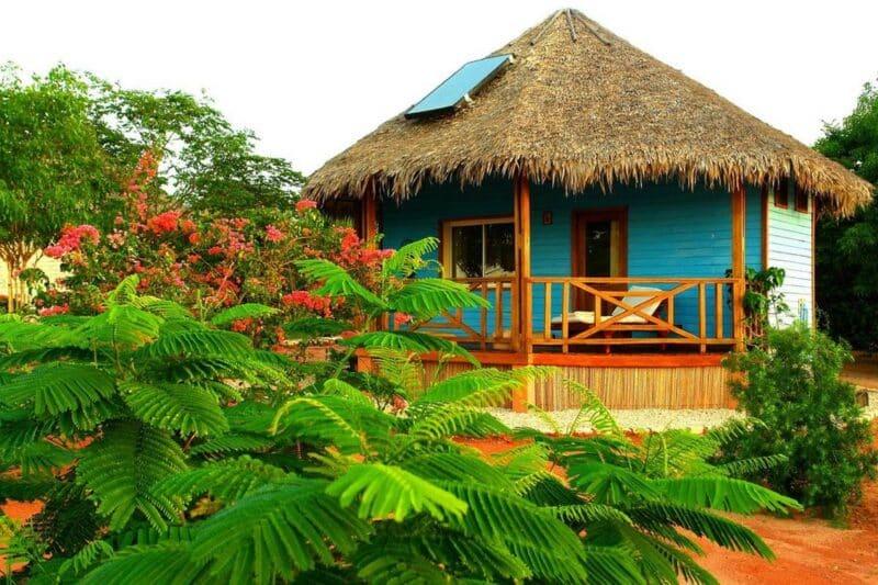 bungalow antsanitia resort majunga