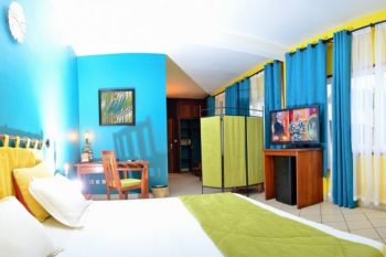 suite coco lodge majunga