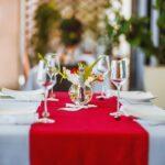 table resto the streamline hotel apartment tamatave