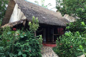 terrasse bungalow hotel clair de lune nosy be