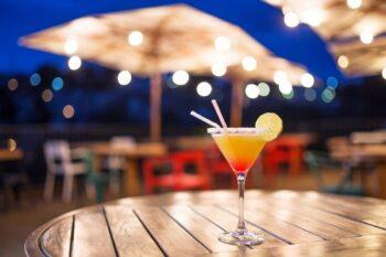 Cocktail au lounge du restaurant Grand Hotel Urban à Antananarivo