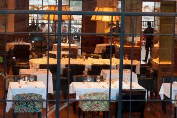Vue du restaurant Urban Hotel à Tana
