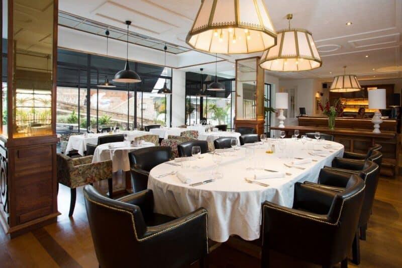 Salle su restaurant Grand Hotel Urban à Tanà