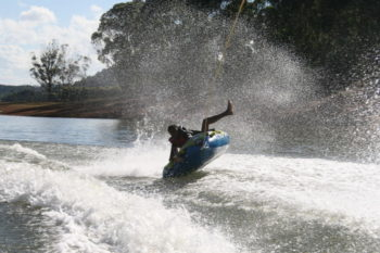 Sortie nautique à Mantasoa à la sortie d'Antananarivo
