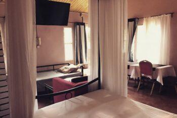 Aprecu de la chambre de l'Auberge Tanana Kely en périphérie d'Antananarivo
