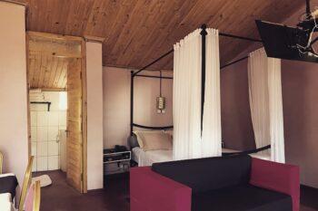 Chambre double de l'Auberge Tanana Kely en périphérie d'Antananarivo