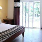 Chambre avec vue jardin de l'hôtel AR Sun à la sortie de Diego Suarez