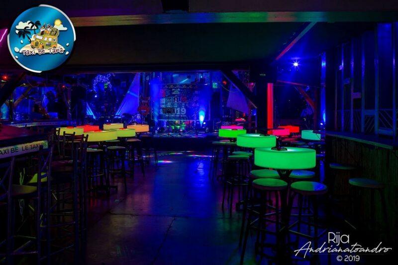 Night Club Taxi be dans le quartier d'Antaninarenina au centre ville d'Antananarivo pour une soirée en boite de nuit