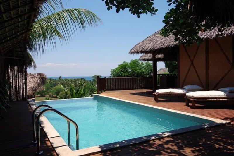 Piscine de la villa tropicale proposée par Concept Nosy Be
