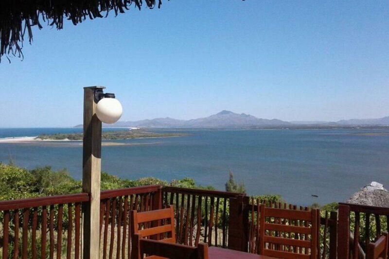 Vue magnifique de l'hôtel Andriambe Lodge à Tolagnaro près de la plage