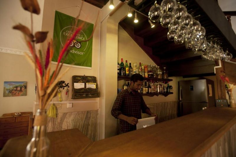 bar green palace ivato antananarivo