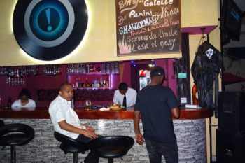 bar point d exclamation lounge bar antananarivo