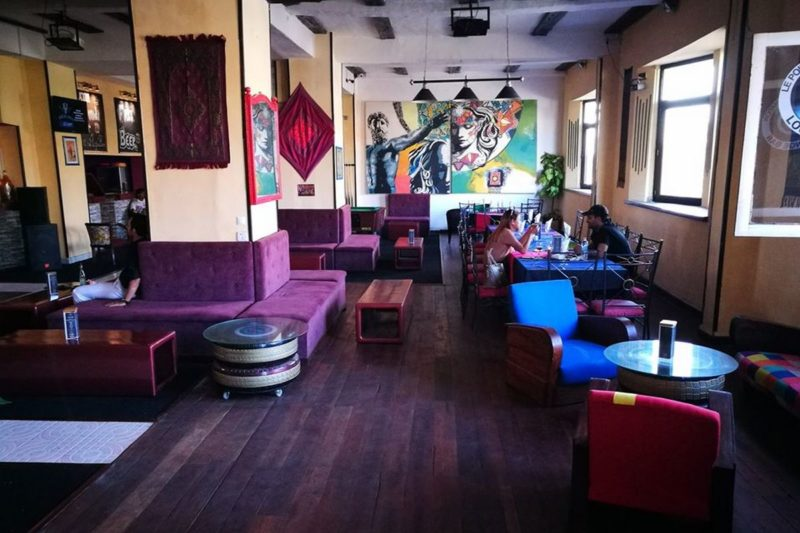 restaurant point d exclamation lounge bar antananarivo