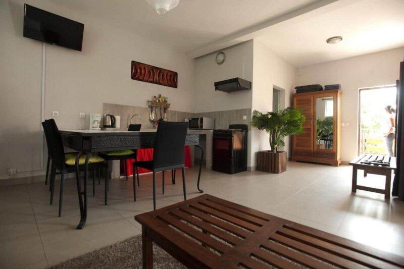 studio familial green palace ivato antananarivo