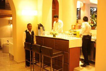 bar lobby restaurant havana resort antanarivo