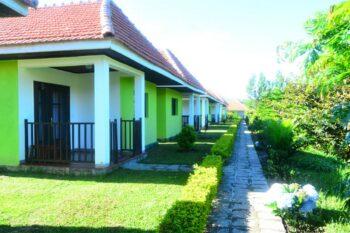 bungalows jour sahatandra river hotel andasibe