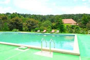 piscine sahatandra river hotel andasibe