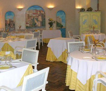 Restaurant La salle Kalliste à Tamatave