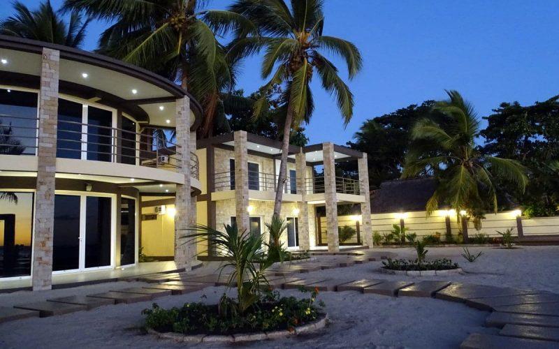 Vue large des Lofts en location vacance proposé par Concept Nosy Be
