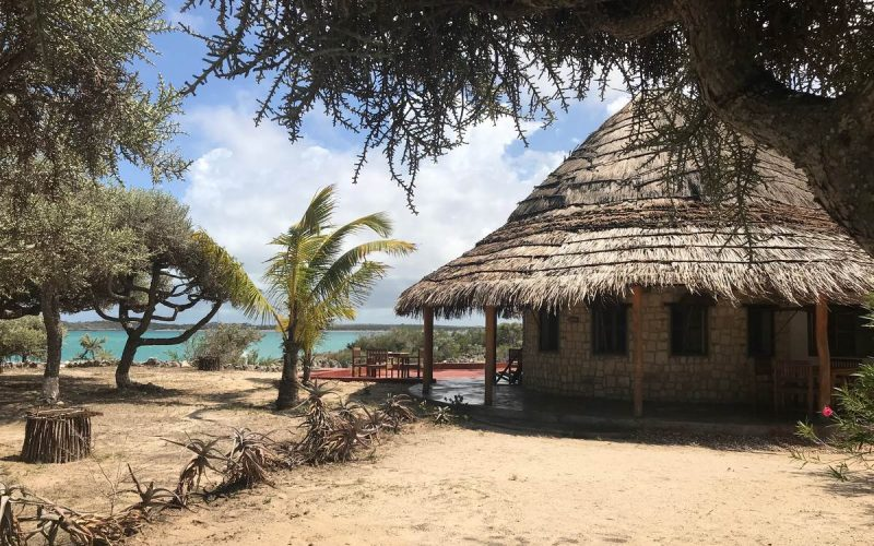 bungalow bord de mer morombe