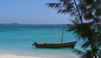 Balade en bateau sur la Mer d'Emeraude