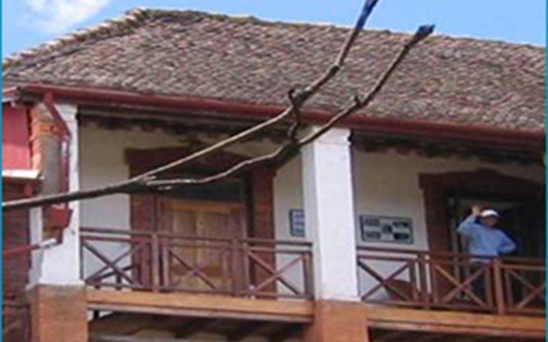 Hotel tsaralaza angelino w Ambositra - Madagaskar