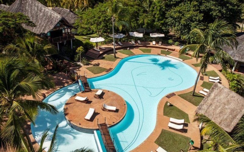 piscine vue aerienne voi amarina resort nosy be